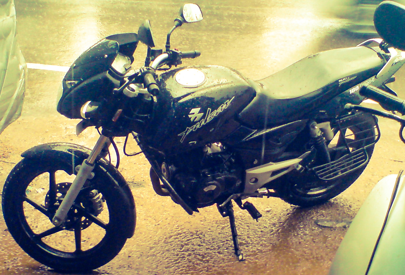 The new bajaj pulsar rs200 has had bajaj s cash registers singing ever - During My Schooling And Engineering My Brother Rode As My Pillion They Were Fun Times Nothing Except The Rides Changed Over The Years
